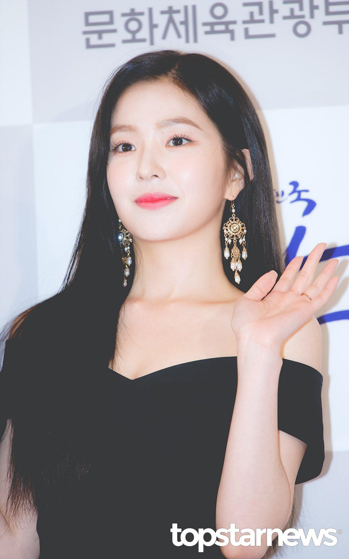 # Red Velvet - Irene 都說Irene的臉蛋讓人知道何謂「美貌」,不管看到幾次都還是會忍不住發出讚嘆聲阿~~~
