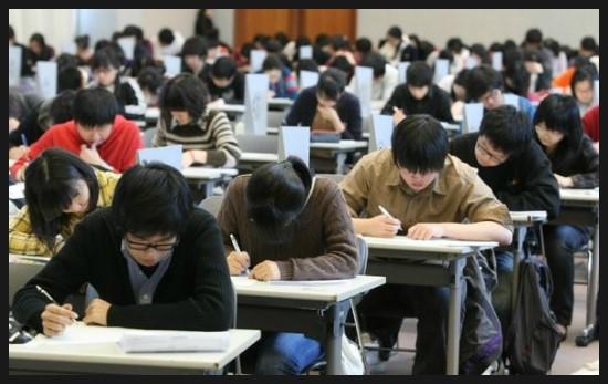 11月15日,是韓國一年一度高三學生們考大學的重要大日子。