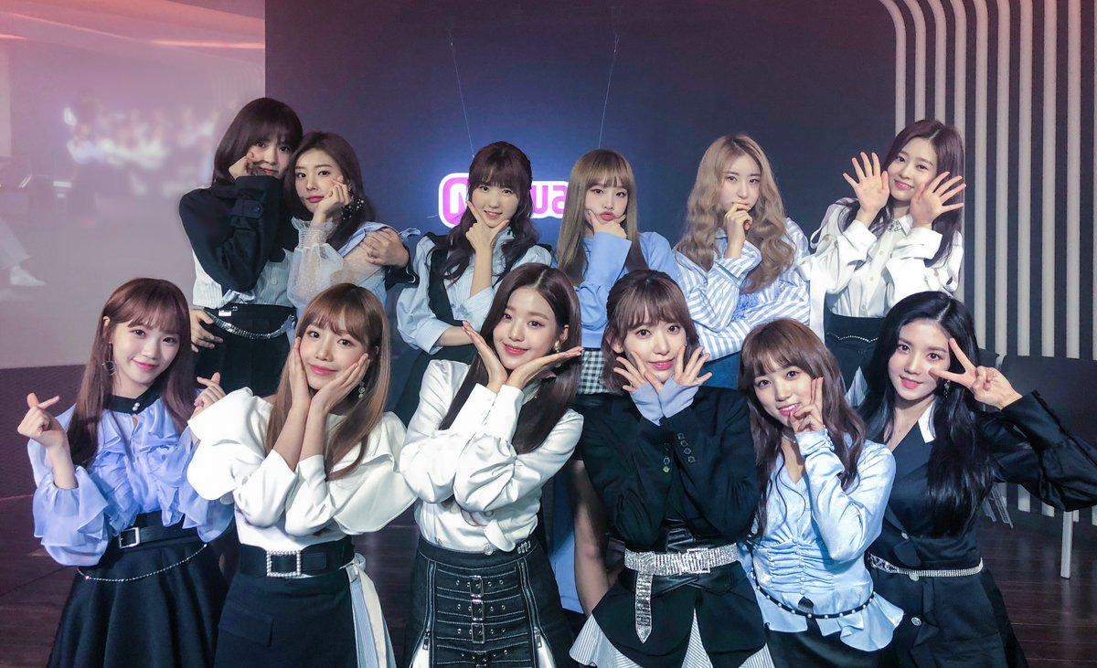 接著IZ*ONE的出道專輯更是在首週就賣破8萬張,創下韓國女團出道作品中最高首週銷售紀錄!