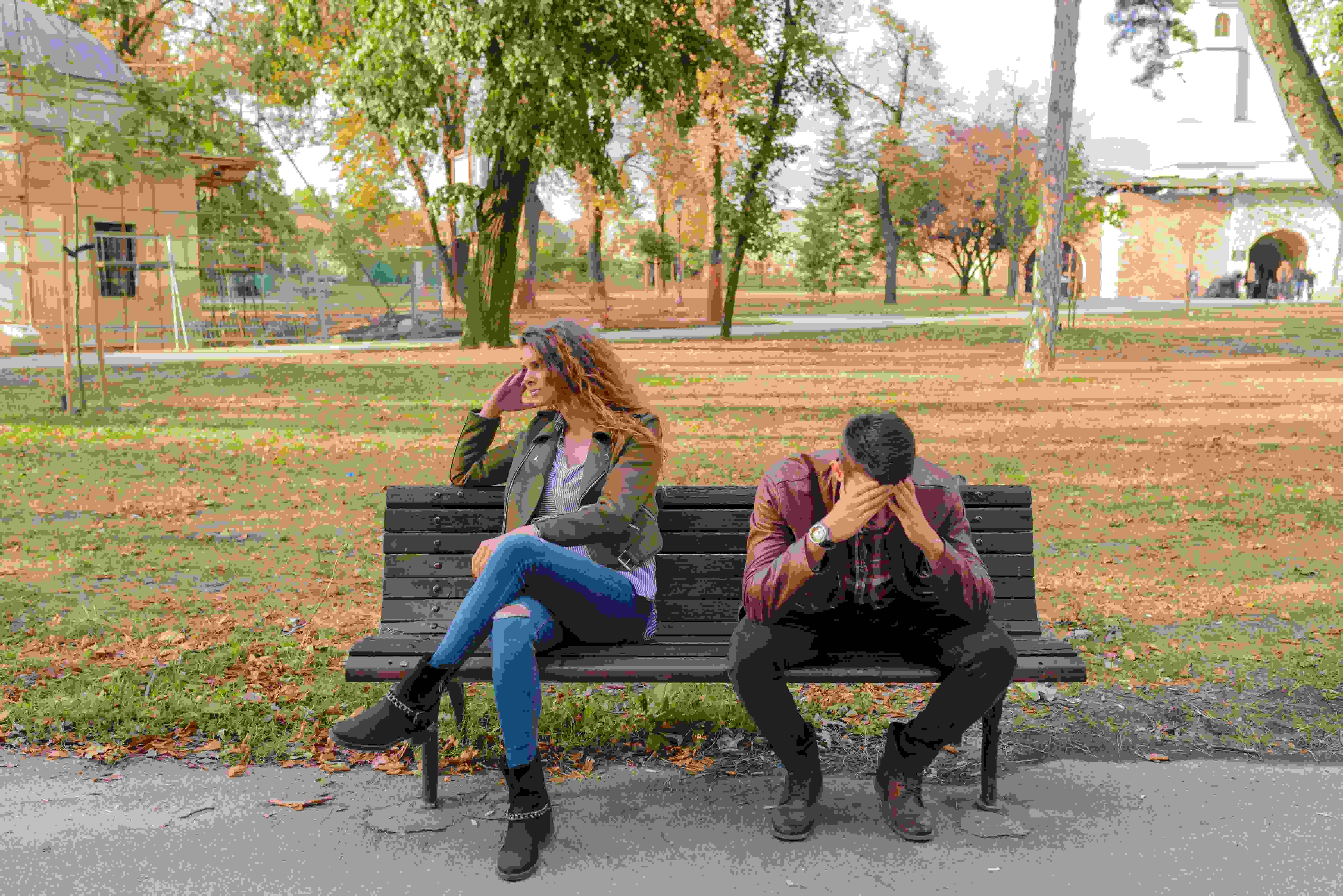 4.確切的告知分手的原因 如果已經下定決心要分手的話,在最後要告訴對方自己感情上的變化,話要直接講明,確切地告訴對方彼此的問題,這樣雙方痛苦的時間才不會太長。
