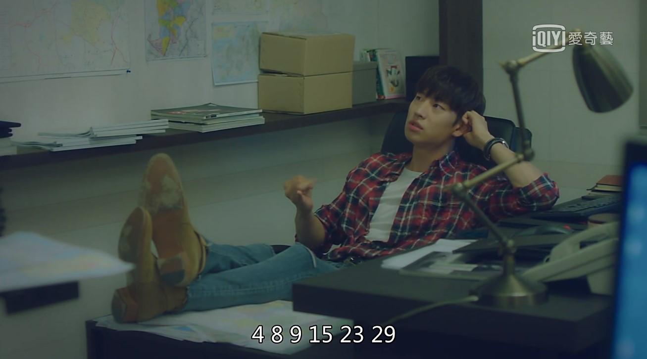 其實不只鬼怪這部韓劇開出中獎號碼,2017年播出的韓劇《明天和你》中李帝勳飾演一位可以穿越時間的男人,在第一集中開玩笑告訴好朋友「不然我告訴你這禮拜會開出的中獎號碼」