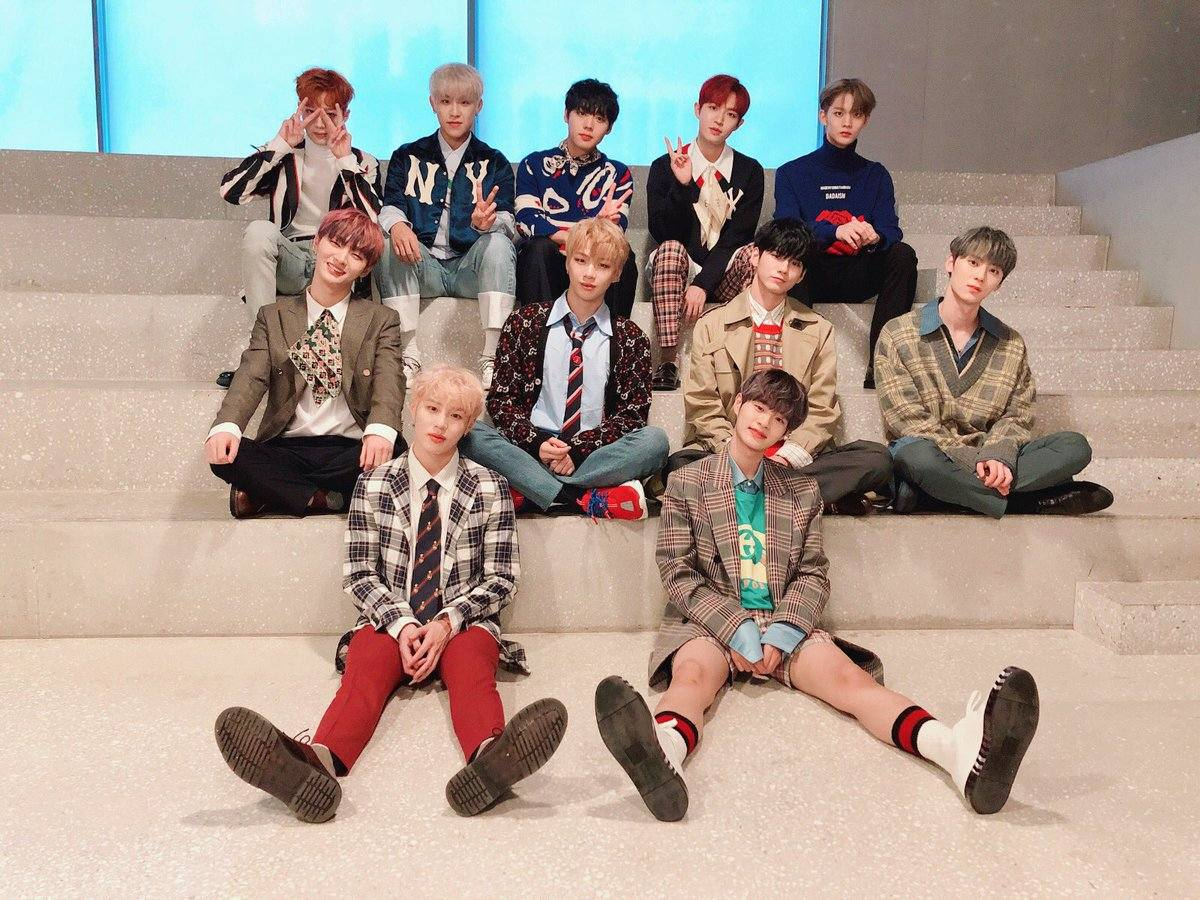 先前曾傳出 Wanna One 將於明年一月舉行告別演唱會,但隨即經紀公司發表聲明「一切尚未定案」,但還是讓粉絲們抱有一絲希望