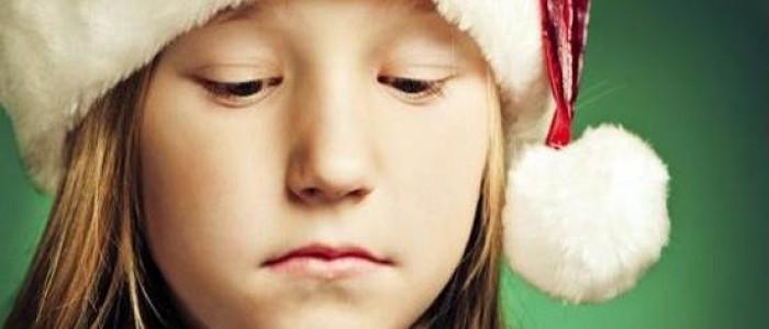 但其實不只是網友會感到失落,全世界不少人也會有這種情況出現。 2011年,美國心理學會(APA. American Psychological Association)研究指出:只要一到假期或特別的節日便會感到憂鬱,而這種症狀在心理學上叫做 「Holiday Blues 」