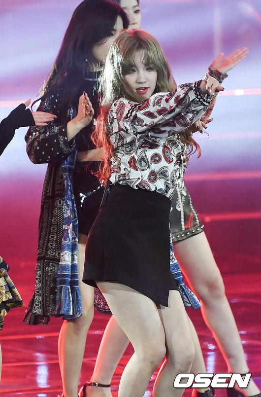 日前舉行的《MBN Hero Concert》中, (G)I-DLE 團內的中國成員雨琦的新造型美到引起了網友的高度討論