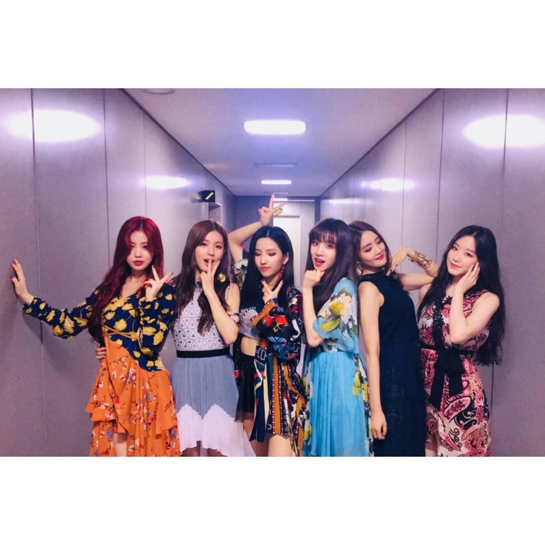 CUBE今年五月推出的新女團(G)I-DLE是由六位成員所組成的,其中除了美延、穗珍、小娟三位韓籍成員之外,還有來自泰國的Minne、中國的雨琦以及………台灣籍成員-舒華!