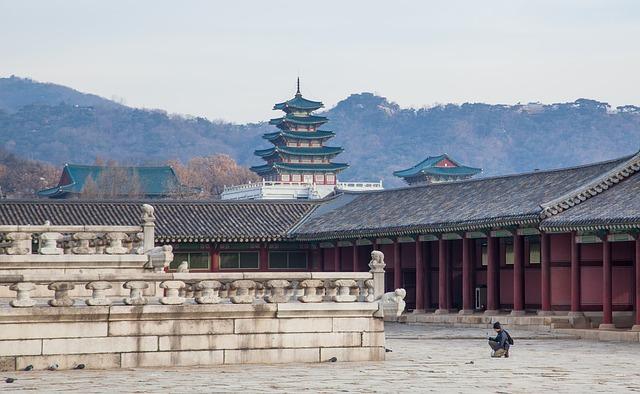文化遺產景福宮管理所(所長우경준)表示,為了讓造訪景福宮跟西村地區的觀光客能夠更加地便利,並刺激當地的經濟活動,決定在下個月6日開放西門迎秋門。