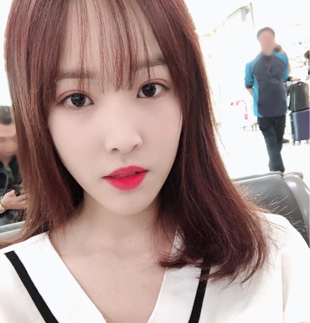 GFRIEND主唱Yuju從11月起就沒有參與組合的官方行程,舞台演出也都由另外五名成員消化。除此之外,在GFRIEND的官方IG上,Yuju的貼文也停留在上個月8號。