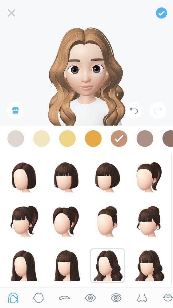 先從編開始為例,編有著一頭長長的淺棕髮色,而且沒有瀏海,選了一個比較接近的髮型和顏色。