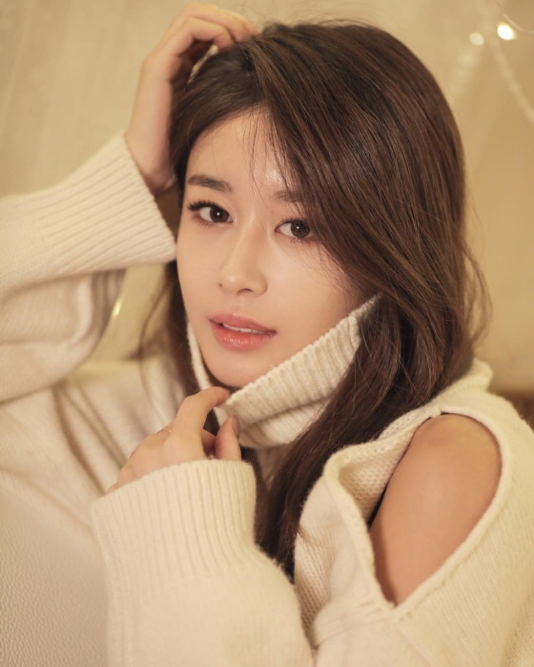 簽約新東家Partners Park娛樂後,日前宣布將在12月22日公開她的個人單曲《One Day》,也期待T-ARA再合體回歸!