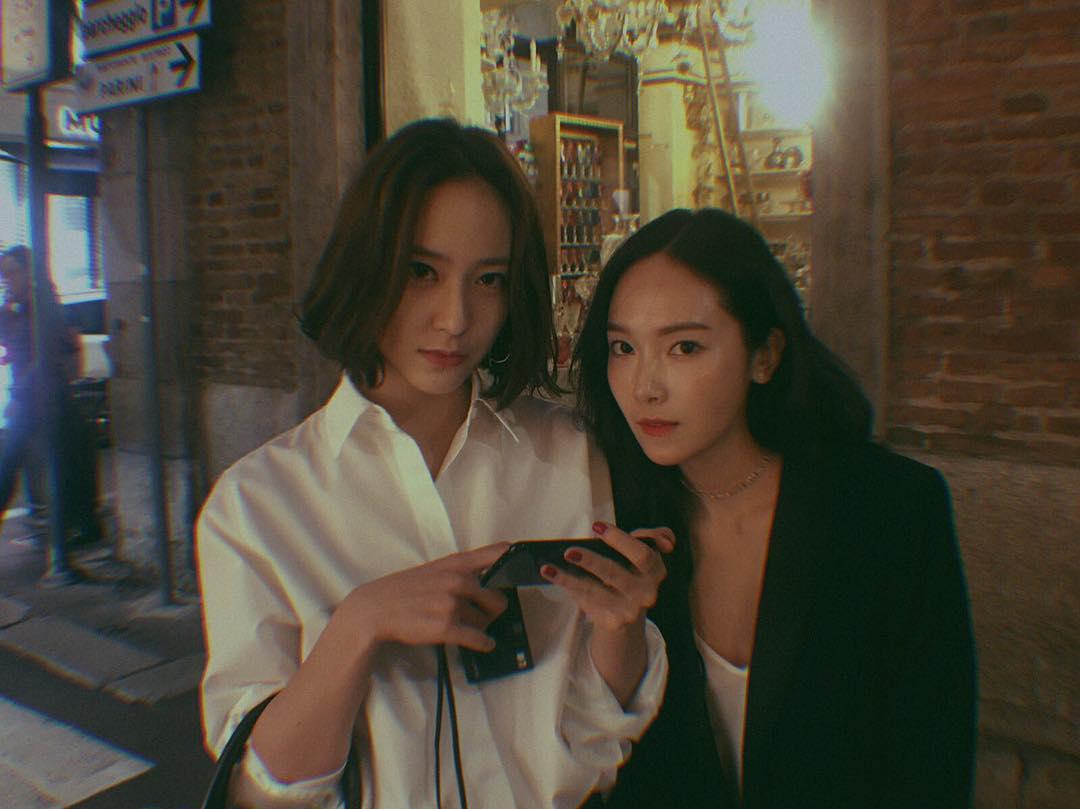 西卡與秀晶這對姊妹花的日常真的是好有愛呀~兩人的互動完全百看不膩,不愧是演藝圈最強姊妹花(♡˙︶˙♡)