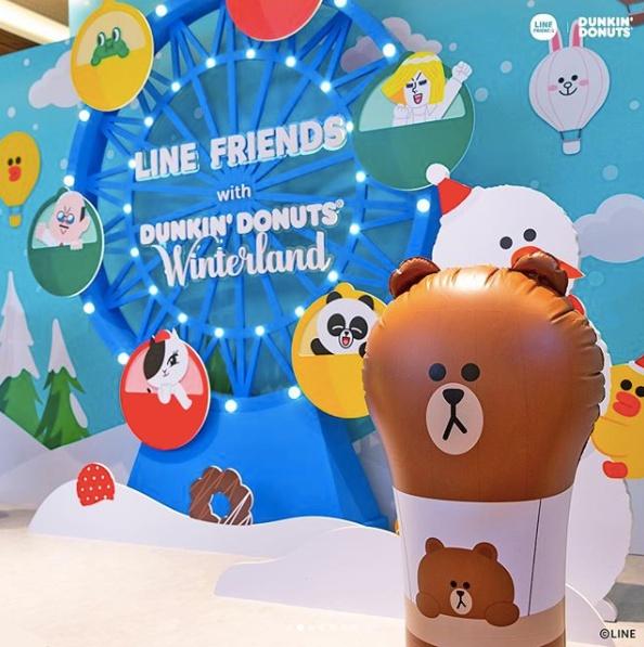 11月27日到12月9日也在首爾三成站的現代百貨,有Line Friends與Dunkin' Donuts合作推出的「Winter Land期間限定店」。