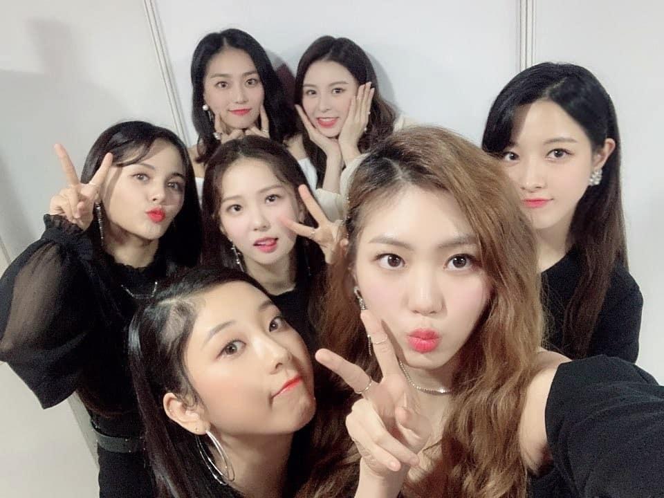 昨天韓國媒體傳出女團CLC即將在1月底回歸歌壇,目前已經在加緊腳步準備新專輯,消息一出沒過多久經紀公司Cube也正式官方回應「CLC確實將會在本月內進行回歸」