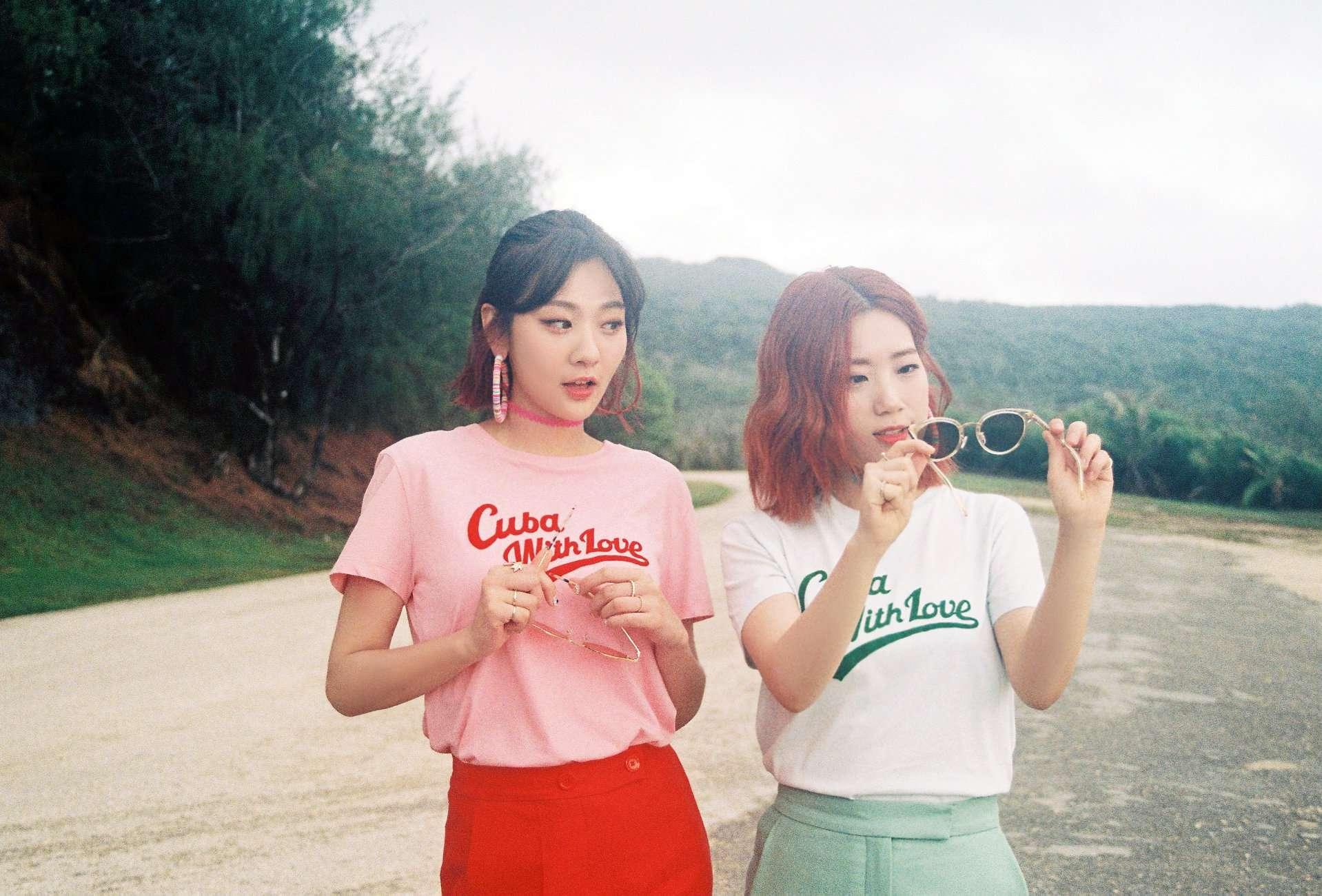 而除了一般能歌善舞的女團之外,韓國也有只唱歌但不跳舞的女團阿! 想必大家看到照片也能夠猜到啦...就是臉紅的思春期啦XD