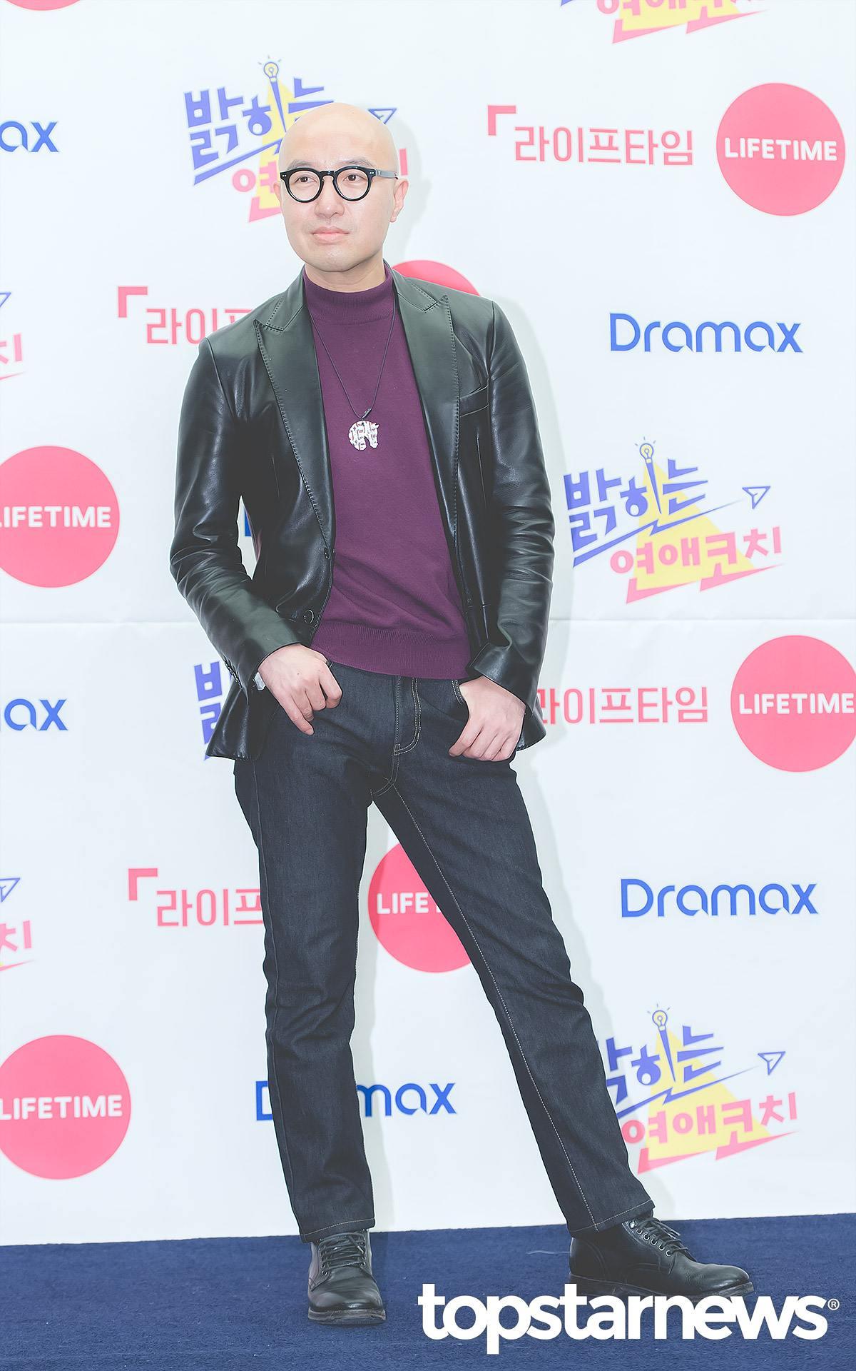 韓國藝人洪錫天是南韓演藝圈史上首位出櫃的男藝人,因為自身活潑開朗的個性,不僅活躍於各大綜藝節目,也是娛樂圈裡公認的人脈王!除此之外,目前他還擁有11家餐廳,將餐飲副業發展得相當成功。