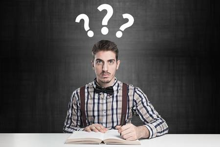 2. 對於任何事都充滿好奇心   對於新事物或神奇的事都會充滿好奇心,在天才的日常生活中,常常有一個「?」在他們的腦海裡,他們會用盡所有辦法去解決心中的疑問。