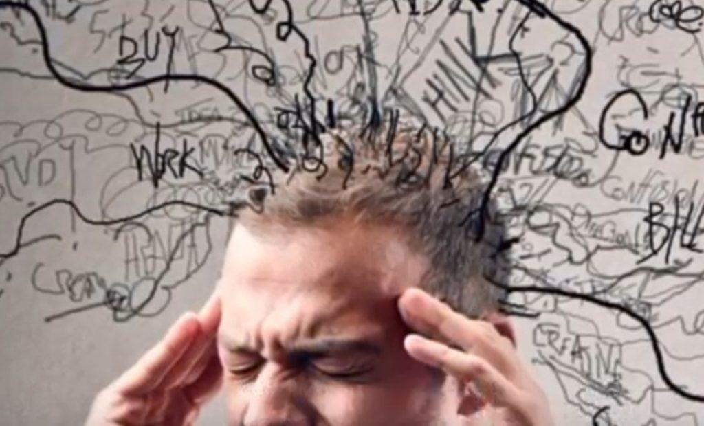 5. 嚴重的健忘症 天才都很容易忘記細小的問題,因為他們平時過度的好奇心和想法都已經佔滿他們的腦空間,所以對於細小的事情他們都不太會想記住啦!