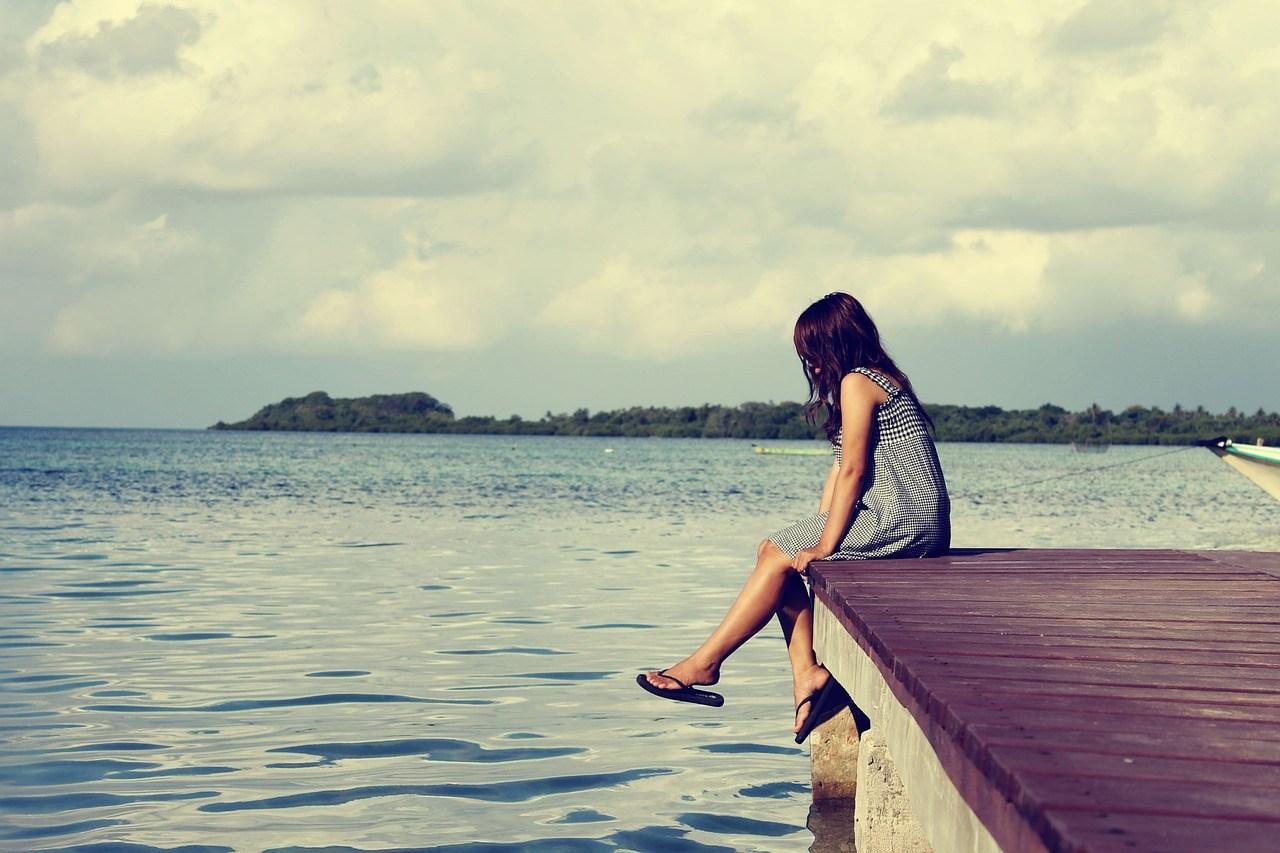 大家也喜歡自己一個人嗎?底下韓國網友留言說:「自己一個人生活太久的話,的確就會習慣、想自己一個人待著~~」、「自己想做什麼就做什麼,很棒啊!」、「會不會是你還沒找到很合的朋友?很好的話,光是一起待著也不會覺得不舒服」