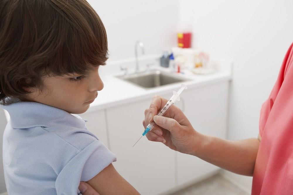 4.打流感預防針就不會感冒了? 即使接種了流感疫苗,也還是常聽到有人感冒了。這是因爲正如前面提到的那樣,感冒和流感的原因不同。流感的預防針不會預防其他普通感冒的病毒。