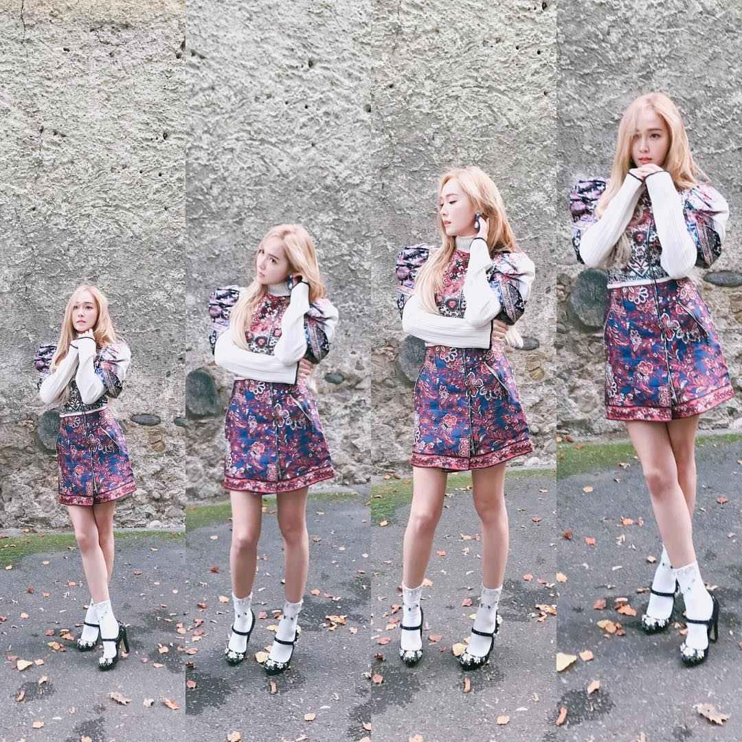 再來在2016年年底西卡再度發行了第二張個人迷你專輯《WONDERLAND》並以同名歌曲為主打跟大家見面,MV超美雪景讓人印象超深刻!