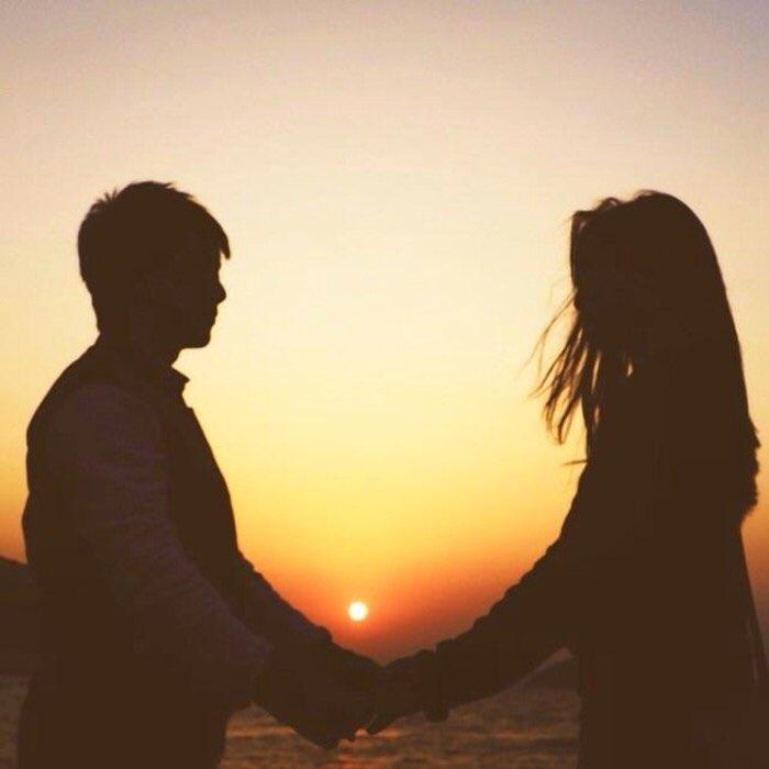 聽了這些話後,女生認為,男友一點都沒有想過她在等待時的心情,有可能再也無法見面的,但男朋友卻是先想到情況,而不是她。讓女生覺得要怎麼跟這樣的人繼續在一起,所以就提出了分手,但男友不希望分手,所以又換女生提出了給她一、兩天時間思考。