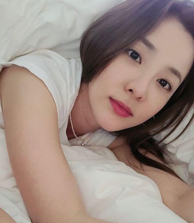 不然就是希望有像Dara一樣美貌的姊姊~