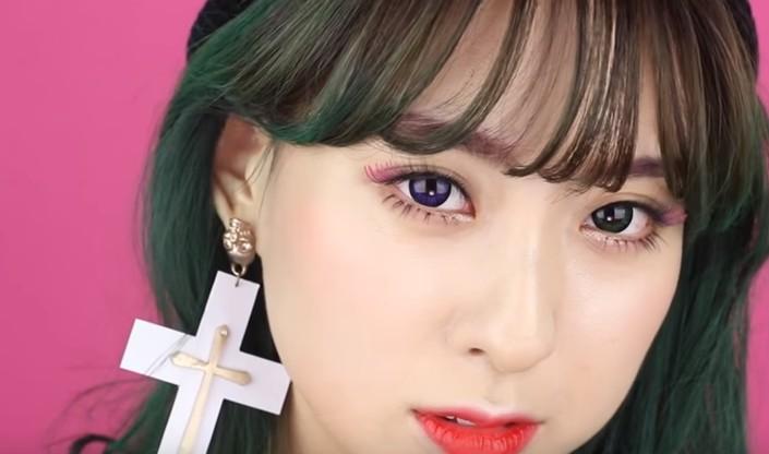 【看MV學化妝】HaNi 擄獲男心的HOP PINK妝感該怎麼畫?