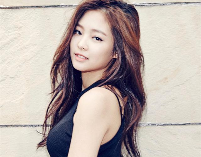 YG新女團首位成員被起底