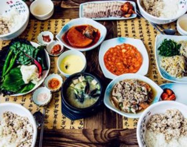 怎麼這麼難用?又扁又重的韓國筷子當然有原因!