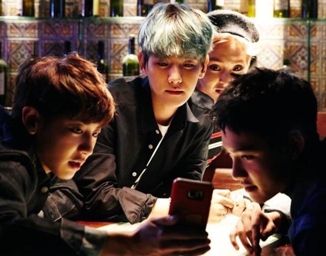 EXO回歸預告又曝光?讓粉絲直呼「帥到喘不過氣了!」