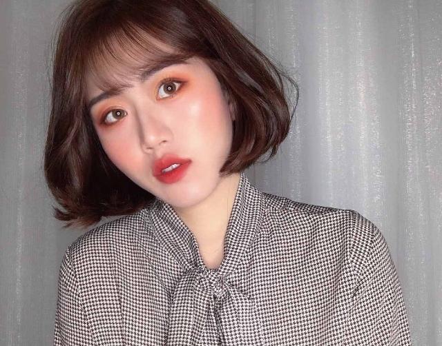 April Yu instagram- april.yiy